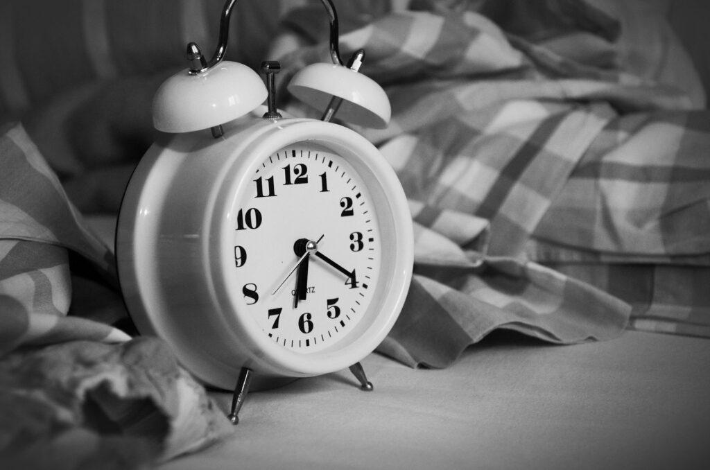 sleep clock alarm symbole picture